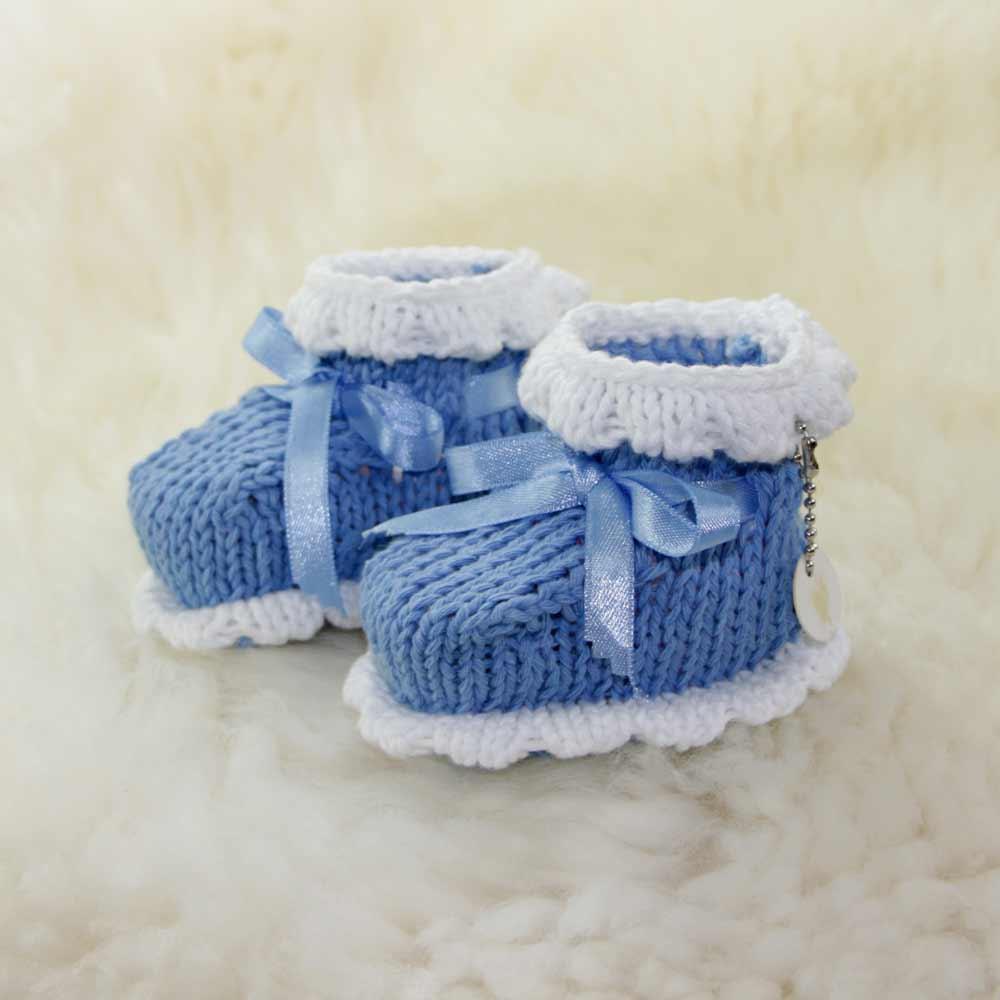 blaue babyschuhe stricken neue strickideen. Black Bedroom Furniture Sets. Home Design Ideas
